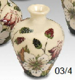Moorcroft Pottery - Bramble Revisited -03/4
